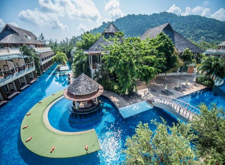 Lanta Cha Da Beach Resort & Spa 5*